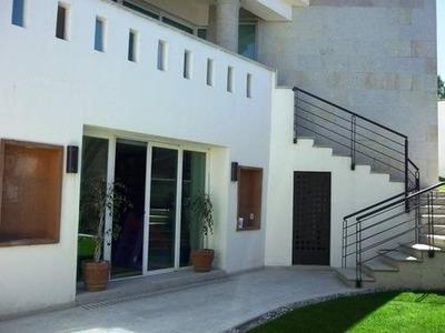 Casa Muy Moderna Con Excelentes Acabados.