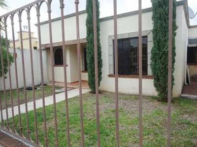 Amplia Casa De 3 Rec. Amueblada En Zona Familiar