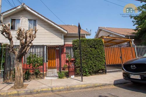 Imagen 1 de 27 de Se Vende Casa Metro Las Parcelas