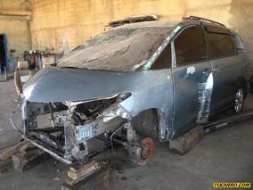 Chocados Toyota Previa - Automática