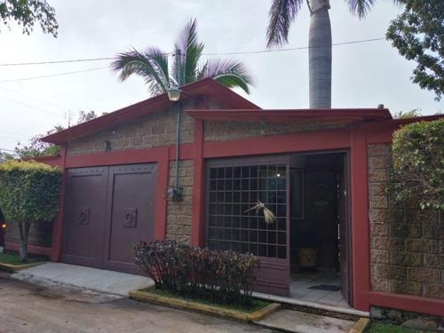 Imagen 1 de 12 de Casa Sola En Venta Altos De Oaxtepec