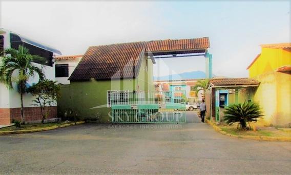 Town House En Parqueserino, San Diego (guth-27)