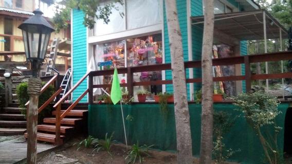 Local Centrico, Con Entrepiso Opcion Vivienda Y O Deposito.