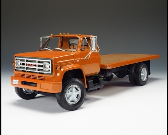 Mini Caminhão Chevrolet Prancha 1975 Highway 61 Orange 1:16