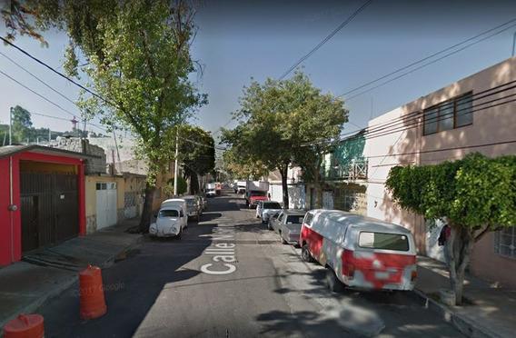 Casa De Remate Bancario Col Pensador Mexicano V. Carranza