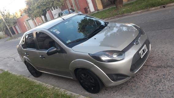 Ford Fiesta Max Fiesta Max Mp3