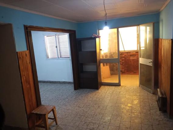 Departamento De 4 Ambientes En Villa Corina 1° Piso