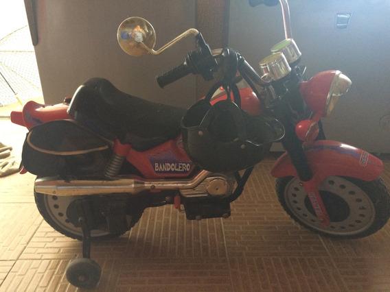Moto Peg Perego Usada