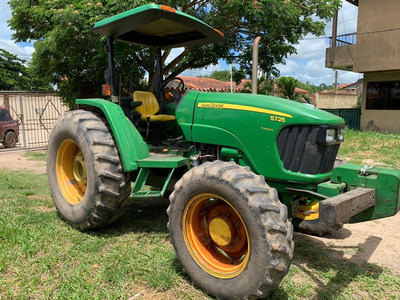 Gran Oferta!!!:tractor Jhon Deere Mod.5725+cortapica 23.000$