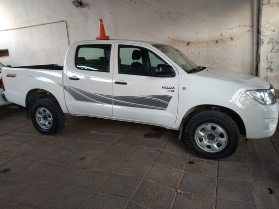 Toyota Hilux 2.5 Dx Pack Cab Doble 4x2 (2009) 2011