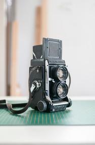 Mamiya C330 Com Lente Sekor 80mm F/2.8 Médio Formato 6x6
