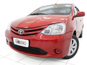 Toyota Etios 1.3x Flex 2013