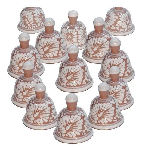 Imagen 1 de 3 de Set De 50 Campanas De Talavera Poblana En Rosa/blanco 5 Cm