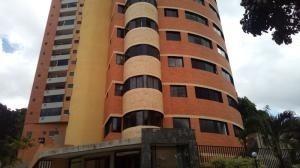 Apartamento En Venta, Cod 20-8371, El Bosque, Valencia Dgv