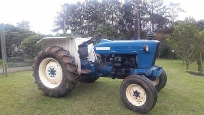 Trator Agrícola Ford De Rodas Modelo 4600