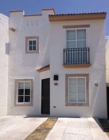 Casa En Renta Cond. Paseo Santorini, Fracc. El Refugio ***