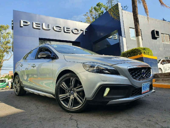 Volvo V40 2014 Cross Country Evolucion