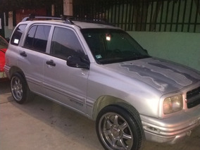 Chevrolet Tracker Hard Top 4x2 At 2000