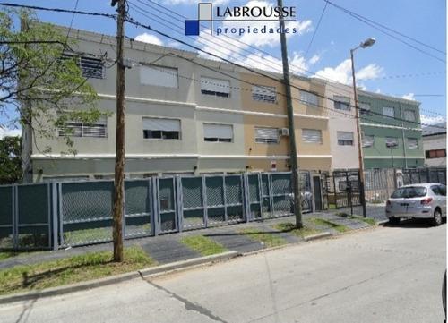 Triplex En Venta Circ 3 Calle Guayanas