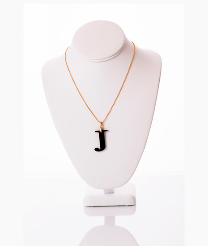 Collar Van Grieken  Letra J Acrilico. Baño De Oro 18k.