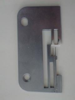 Chapa Aguja Para Overlock Janome 8110, 9110 Y 1210 Original