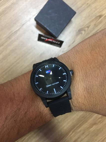Relógio Tommy Preto