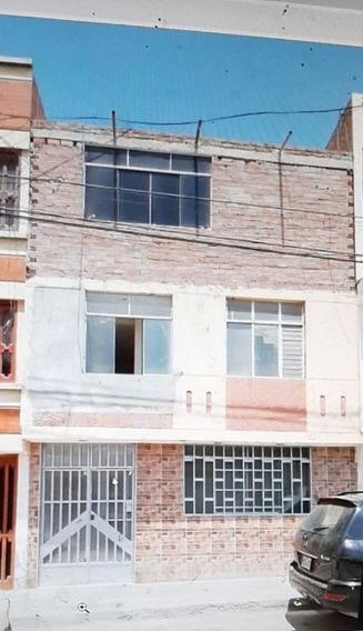 Casa De Tres Pisos Se Vende De Ocasion