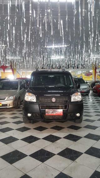 Fiat Doblo 1.8 16v Essence Flex Ano 2012 Preta 6 Lugares