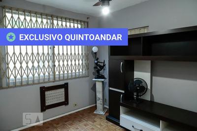 Apartamento No 1º Andar Mobiliado Com 1 Dormitório E 1 Garagem - Id: 892916332 - 216332