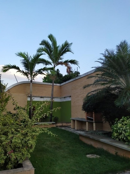 Townhouse En Venta En Las Palmas 4av Prebo Raq