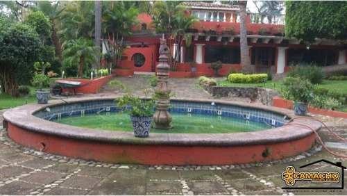Casa Club En Venta/colonia Buenavista. Omc-0118