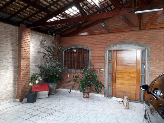 Excelente Residência Próximo A Centros Comerciais - Ca13284