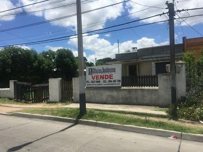 Venta Casas Osvaldo Cruz Y Belloni.