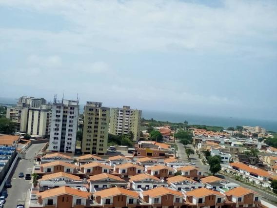 Ancoven Premium Vende Apartamento En Puerto Cabello