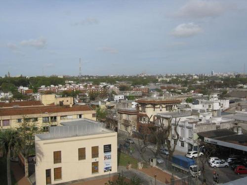 Apartamento Aguada Alquiler 2 Dormitorios, Ed. Marash Agraciada Y San Fructuoso Tza, Ed C/parrillero