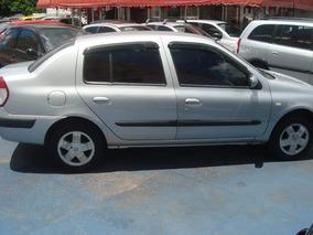 Renault Clio Sedan Privilege 1.0 2005