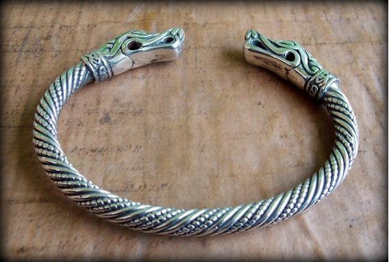 01) Pulseira Viking Torc Torque Jörmungandr - Prata Maciça