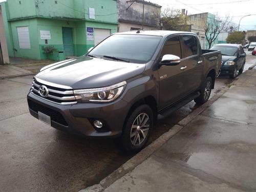 [merc] Toyota - Hilux 4x4 Cd Srx 6at 2.8 Tdi 2016