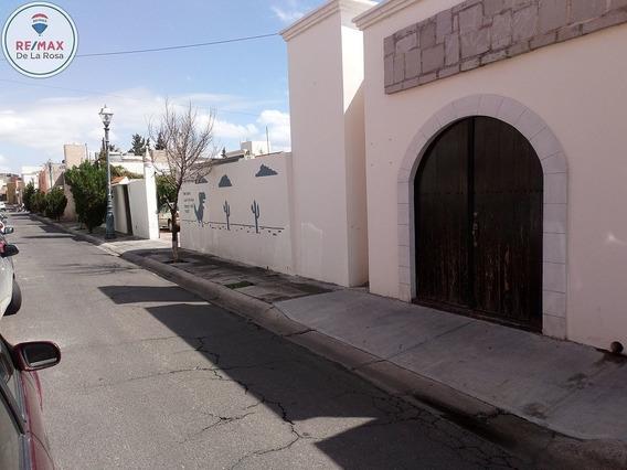 Casa En Venta Zona Centro Ideal Para Oficinas Y Comercio 1,651.00 M2