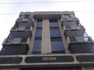 Oficina En Alquiler Avenida Bolívar Código 20-8953 Polo