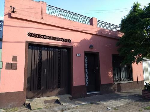 Casa 3 Ambientes Con Cochera En Lote De 150 M2