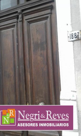 Apto En Calle Yi A Mano De Todo En Montevideo