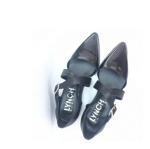 Zapato Mujer Chata En Punta Charol Y Cuero Negro Lynch #112