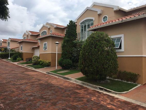 Se Vende Casa En Quintas De La Castellana