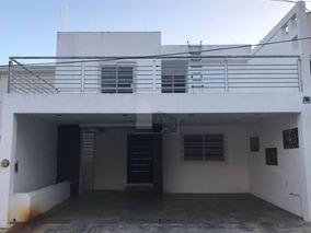 Se Vende Casa En Fraccionamiento Colinas Del Sur