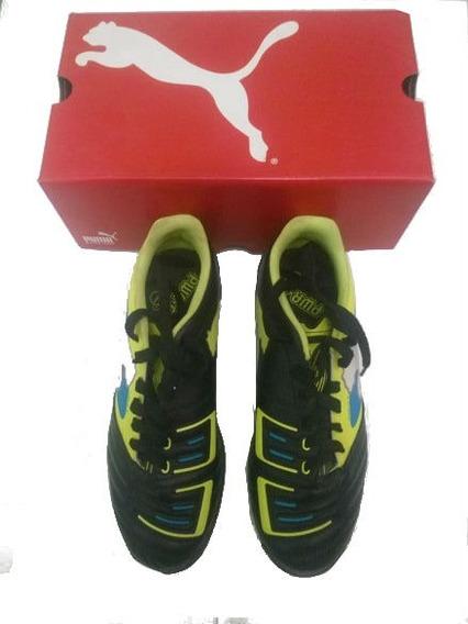 Zapatos Pumas Deportivos (futbol)