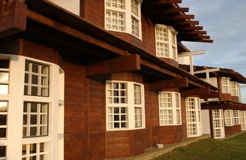 Alquiler Anual Departamento 3 Dormitorios  Villa Carlos Pa