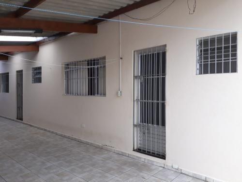 Casa Com 01 Suíte A Apenas 1.600 Metros Do Mar, Litoral 6343