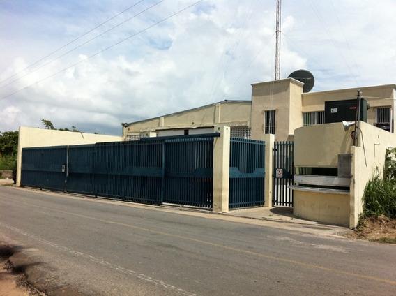 Rento Nave Industrial Y Patio De Maniobras En Dos Bocas