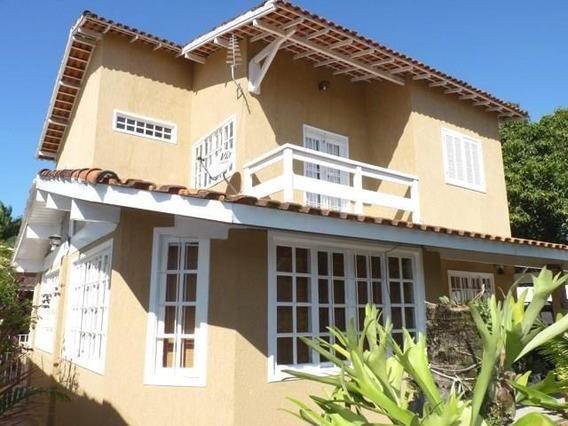 Casa Em Serra Grande, Niterói/rj De 250m² 3 Quartos Para Locação R$ 2.860,00/mes - Ca275786